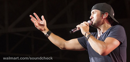 Watch Luke Bryan Perform Songs from New Album Crash My Party in Walmart Soundcheck Concert